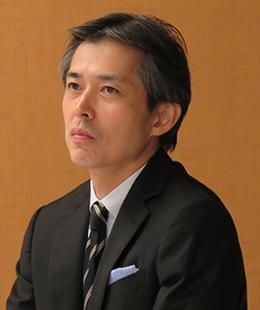院長 田中 健二郎